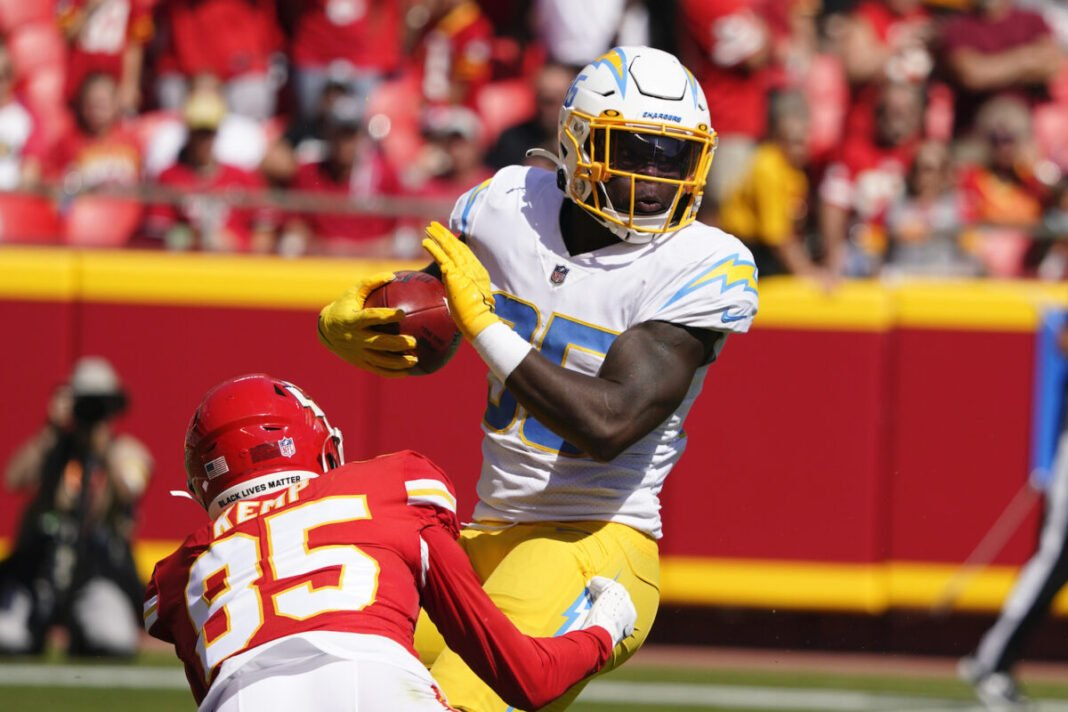 Chargers Rally will beat Turnover-Prone Chief 30-24 in Kansas City