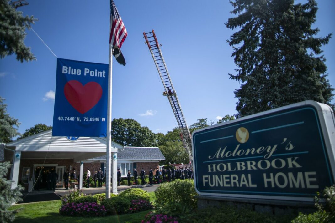 Friends, Family Flock on Long Island to mourn Gabby Petito