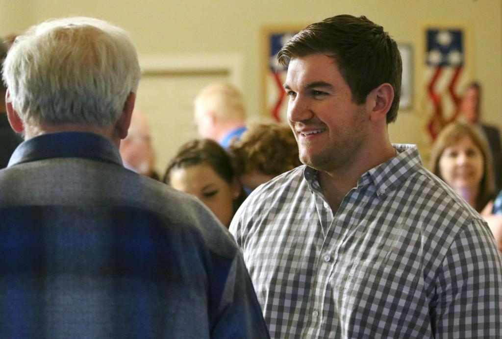 Once a hero, Oregon congressional candidate's wealth questioned