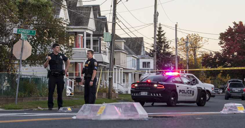Police: Man injured in Tuesday evening Schenectady shooting; Shots fired from one car to another