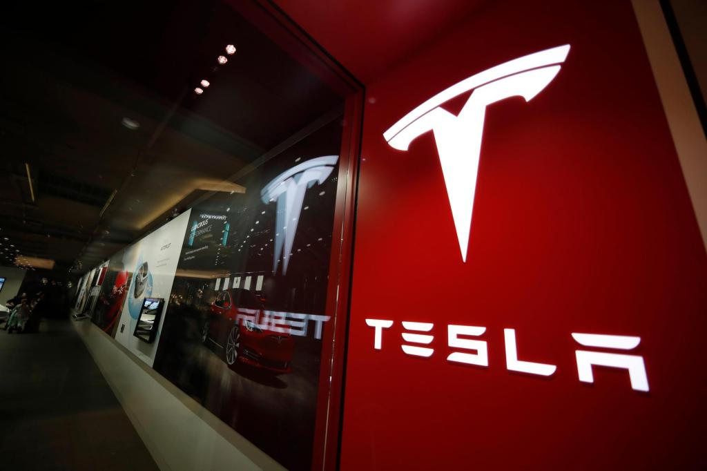 Tesla reports higher-than-expected Q3 sales