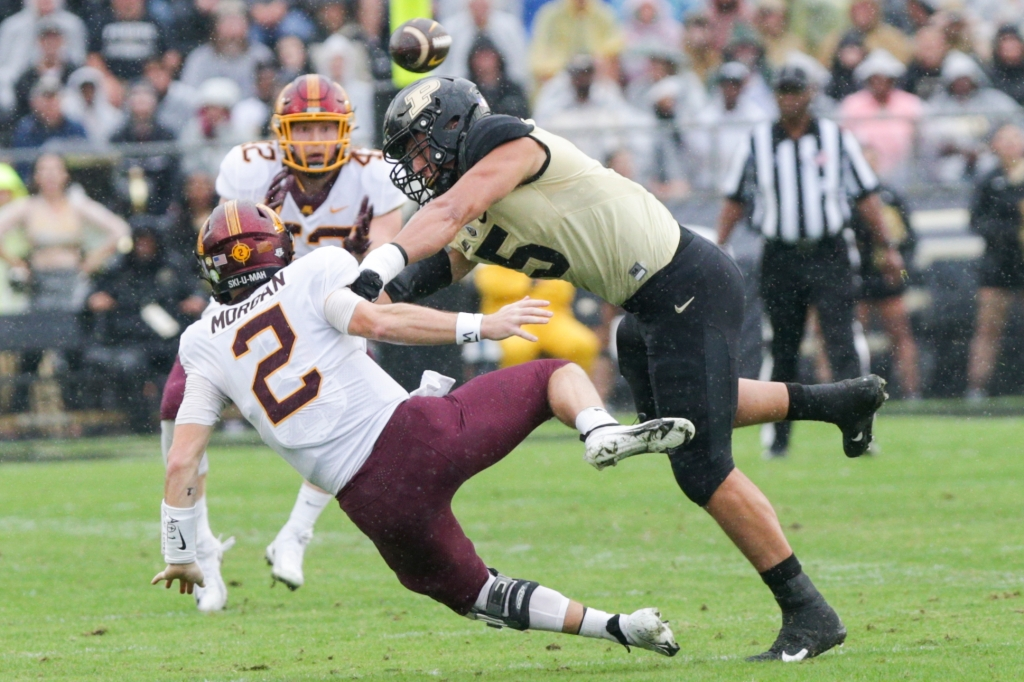 The Gophers bounced back with a 20-13 win over Purdue